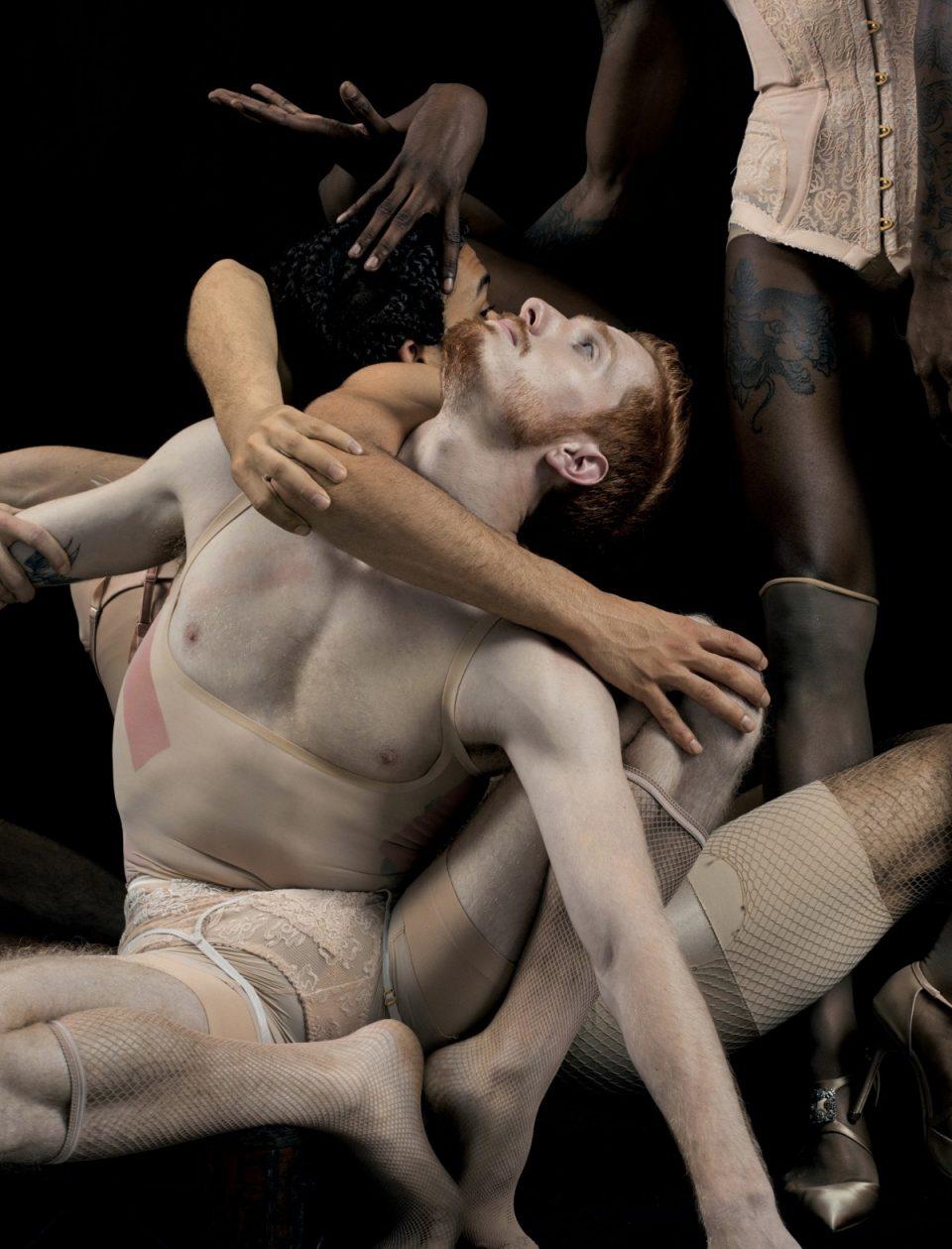 """Fotografia di Matthew Stone per il progetto in collaborazione con FKA Twigs per la rivista """"Wonderland"""", 2015"""