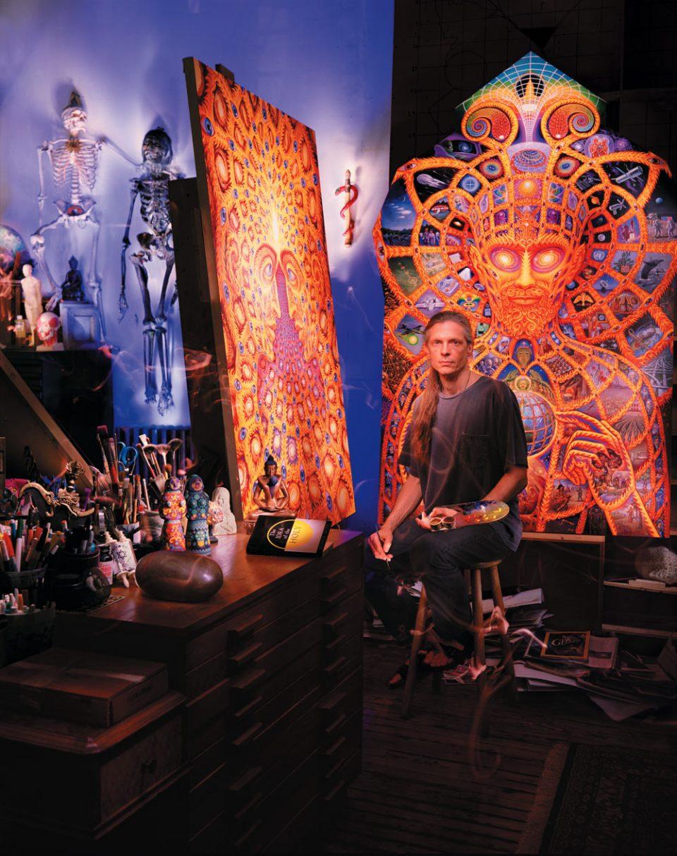 Alex Grey ritratto nel suo studio, giugno 2012